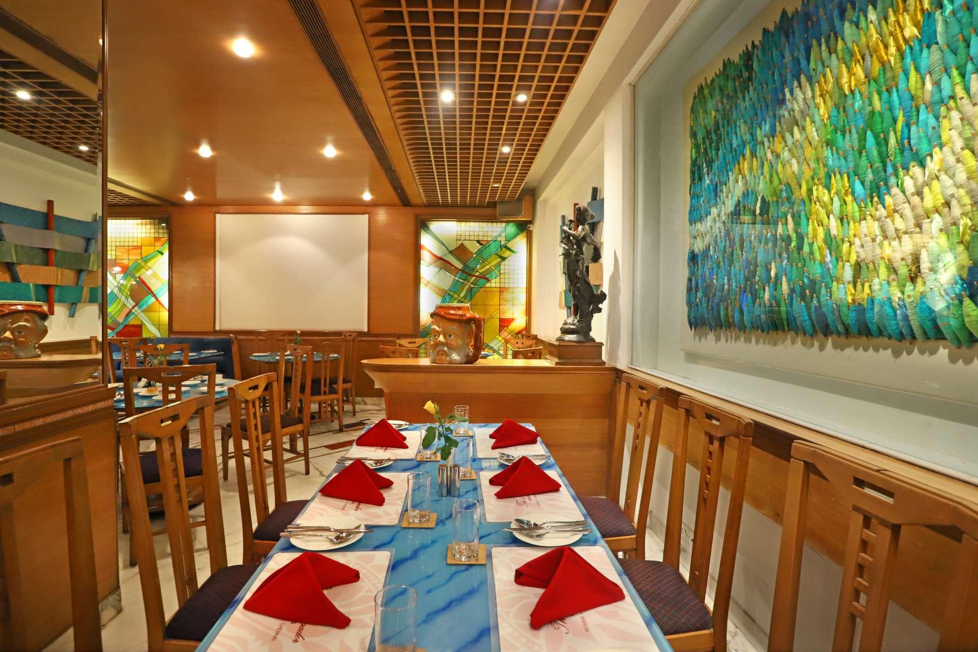 7 Flavors - The Ambassador | Heritage Hotels in Mumbai, Aurangabad, Chennai - Flavors Cafe
