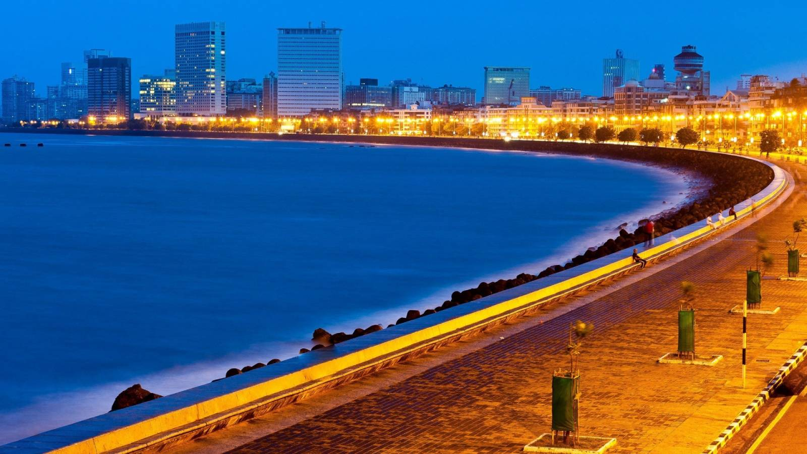 marine drive 1 - The Ambassador | Heritage Hotels in Mumbai, Aurangabad, Chennai - Citybite
