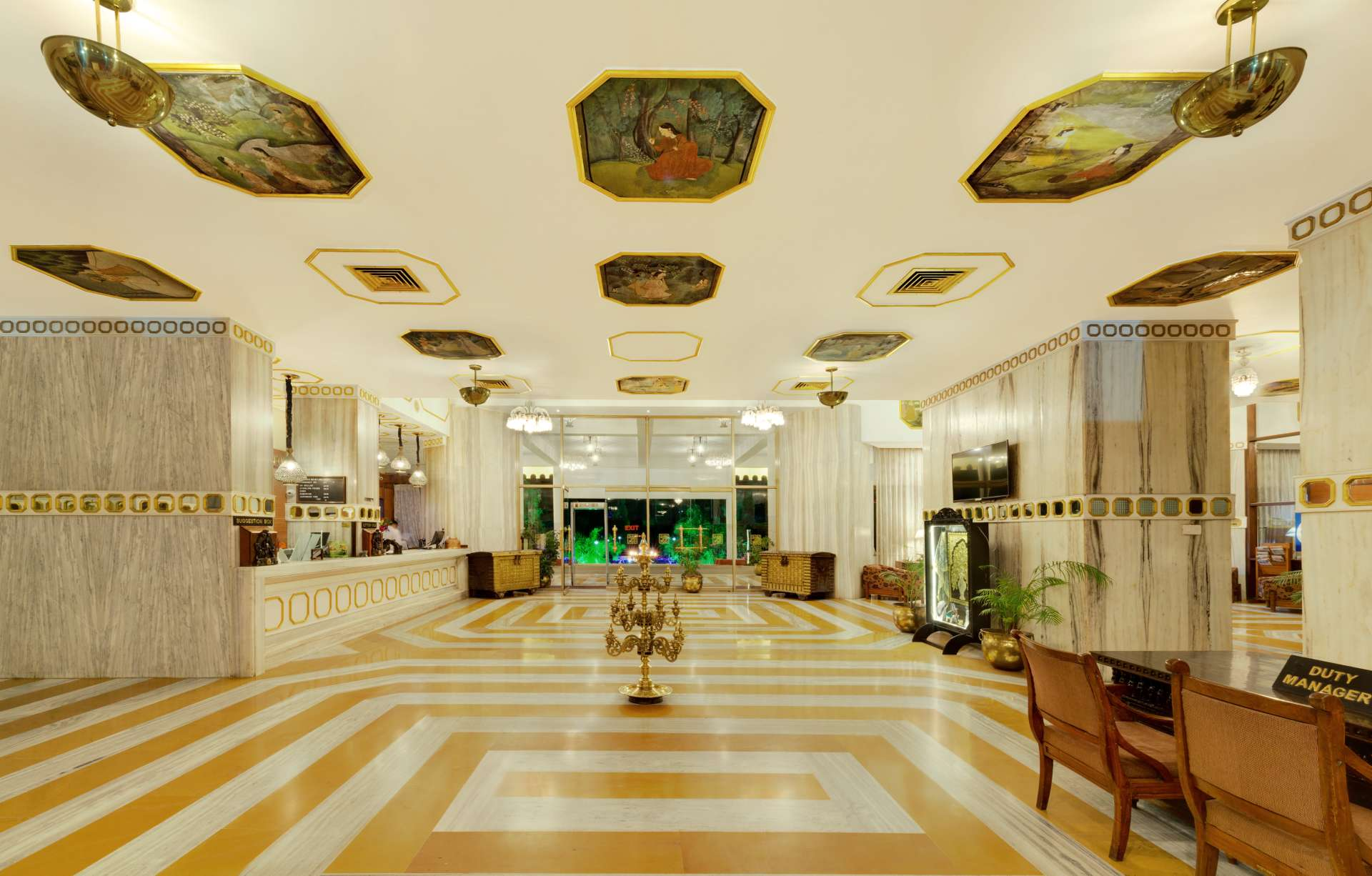Lobby Aurangabad banner ambassador ajanta - The Ambassador | Heritage Hotels in Mumbai, Aurangabad, Chennai - Ambassador Ajanta Aurangabad