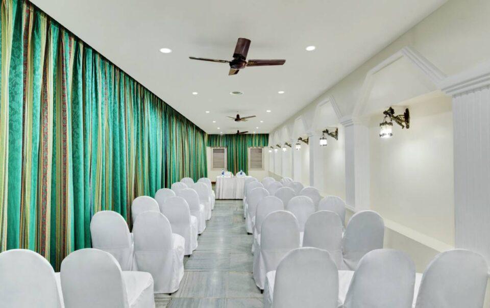 Senator chennai ambassador pallava meeting banquet chair - The Ambassador | Heritage Hotels in Mumbai, Aurangabad, Chennai - Ambassador Pallava Chennai