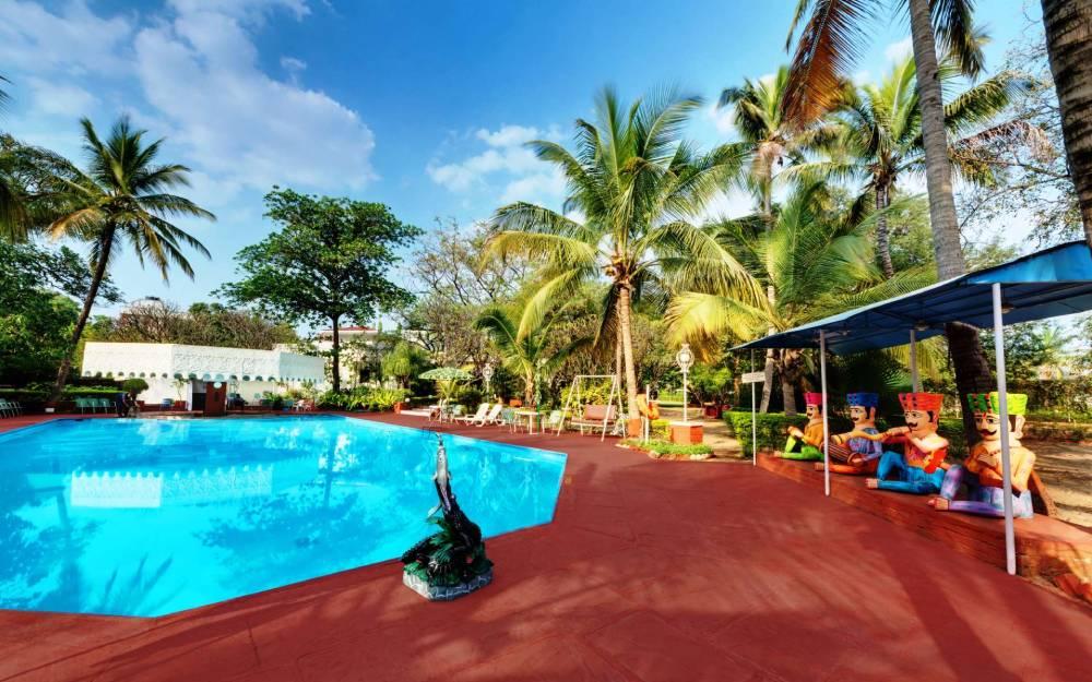 Swimming Pool Facility Aurangabad banner ambassador ajanta - The Ambassador | Heritage Hotels in Mumbai, Aurangabad, Chennai - Facilities