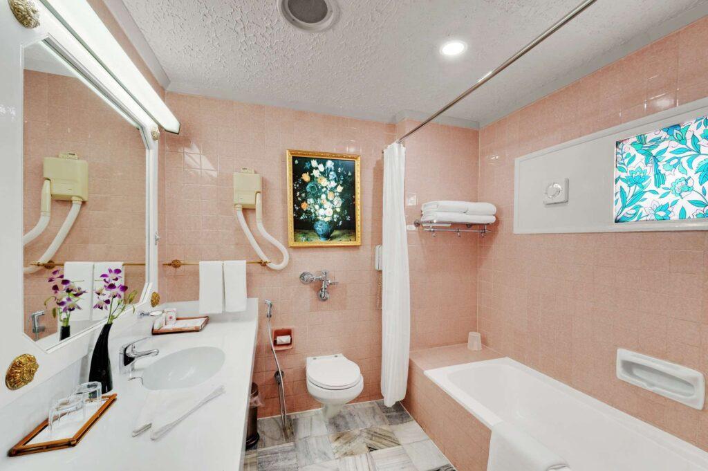 chennai Heritage Room ambassador pallava bathroom - The Ambassador | Heritage Hotels in Mumbai, Aurangabad, Chennai - Heritage Room