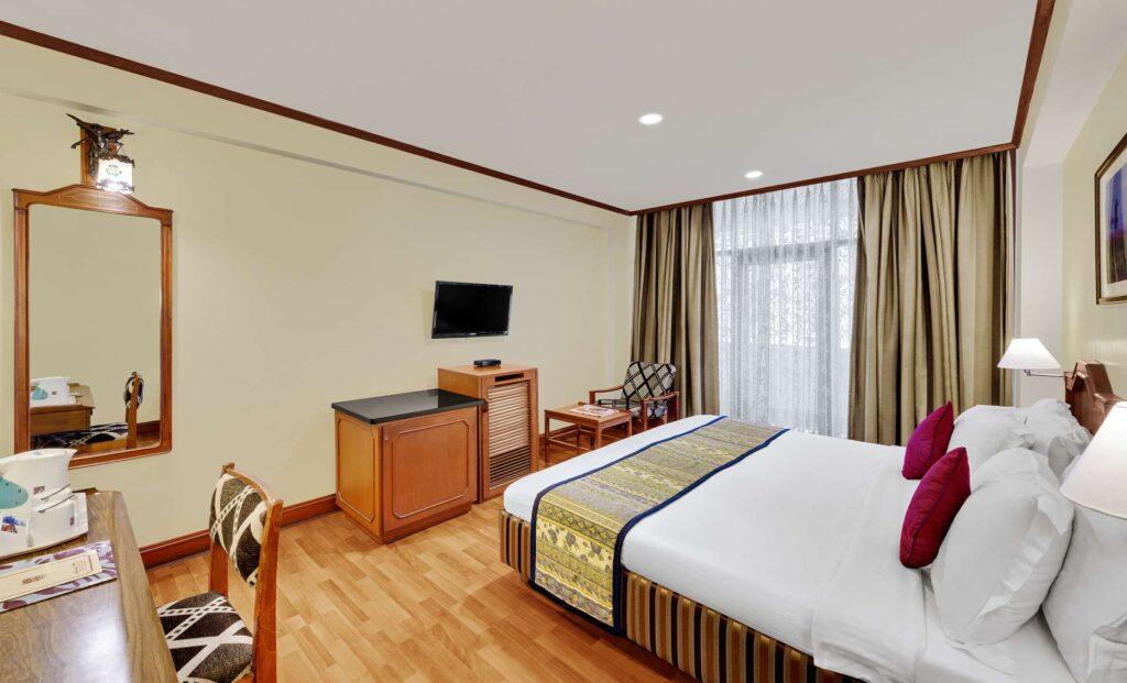 chennai deluxe room ambassador pallava tv - The Ambassador | Heritage Hotels in Mumbai, Aurangabad, Chennai - Deluxe Room