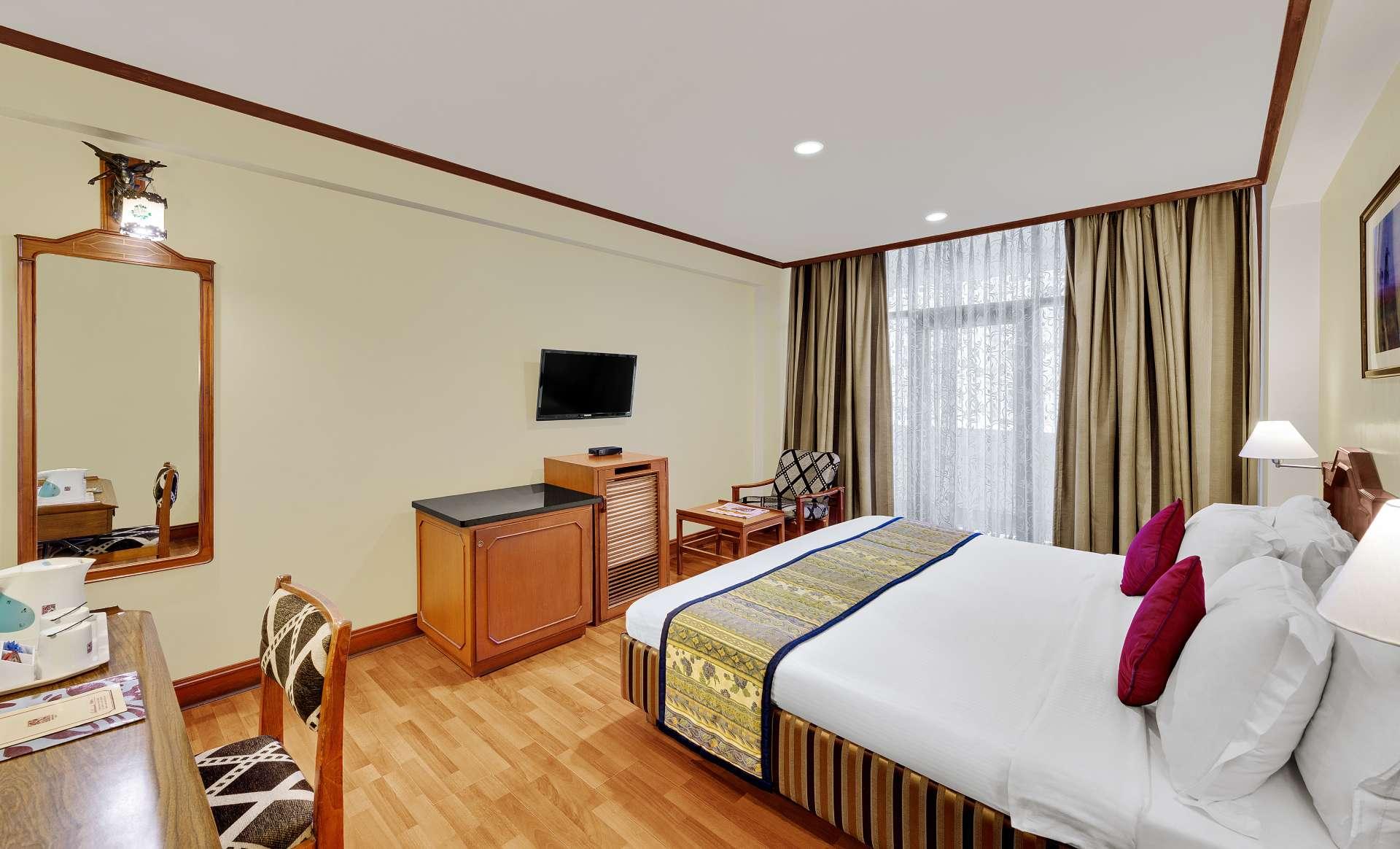chennai deluxe room ambassador pallava tv - The Ambassador | Heritage Hotels in Mumbai, Aurangabad, Chennai - Our Rooms