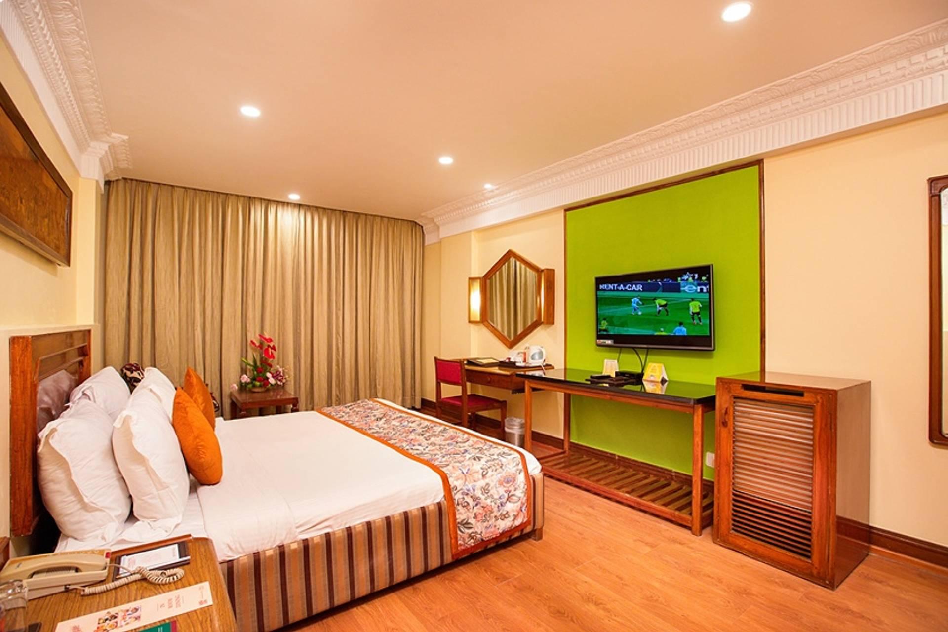 chennai executive room ambassador pallava side 2 - The Ambassador | Heritage Hotels in Mumbai, Aurangabad, Chennai - Executive Room