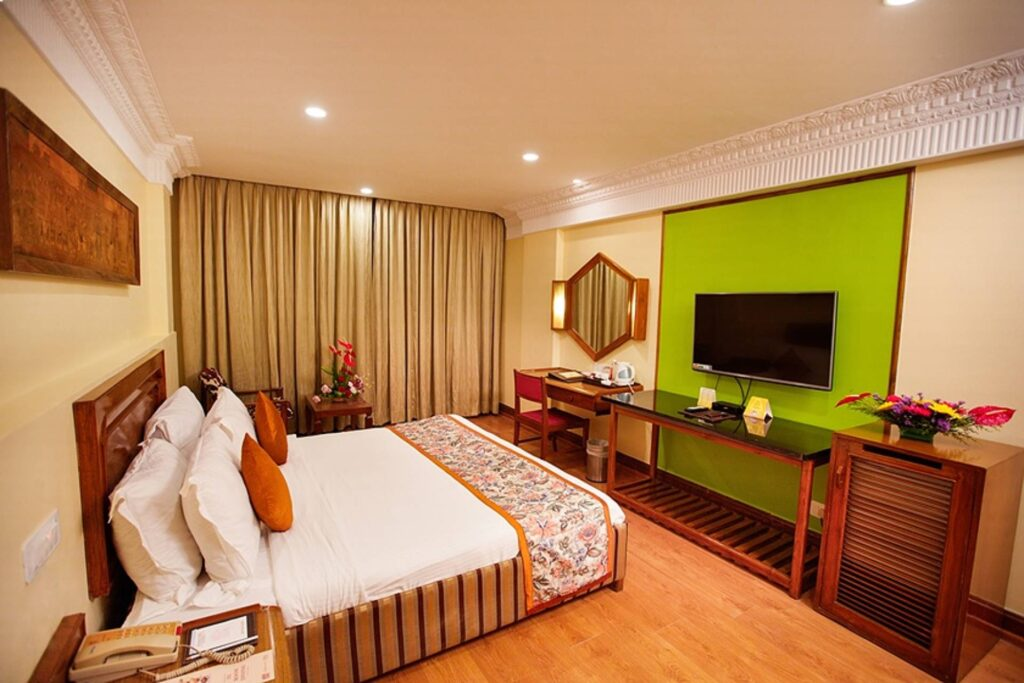chennai executive room ambassador pallava tv 2 - The Ambassador   Heritage Hotels in Mumbai, Aurangabad, Chennai - Deluxe Room