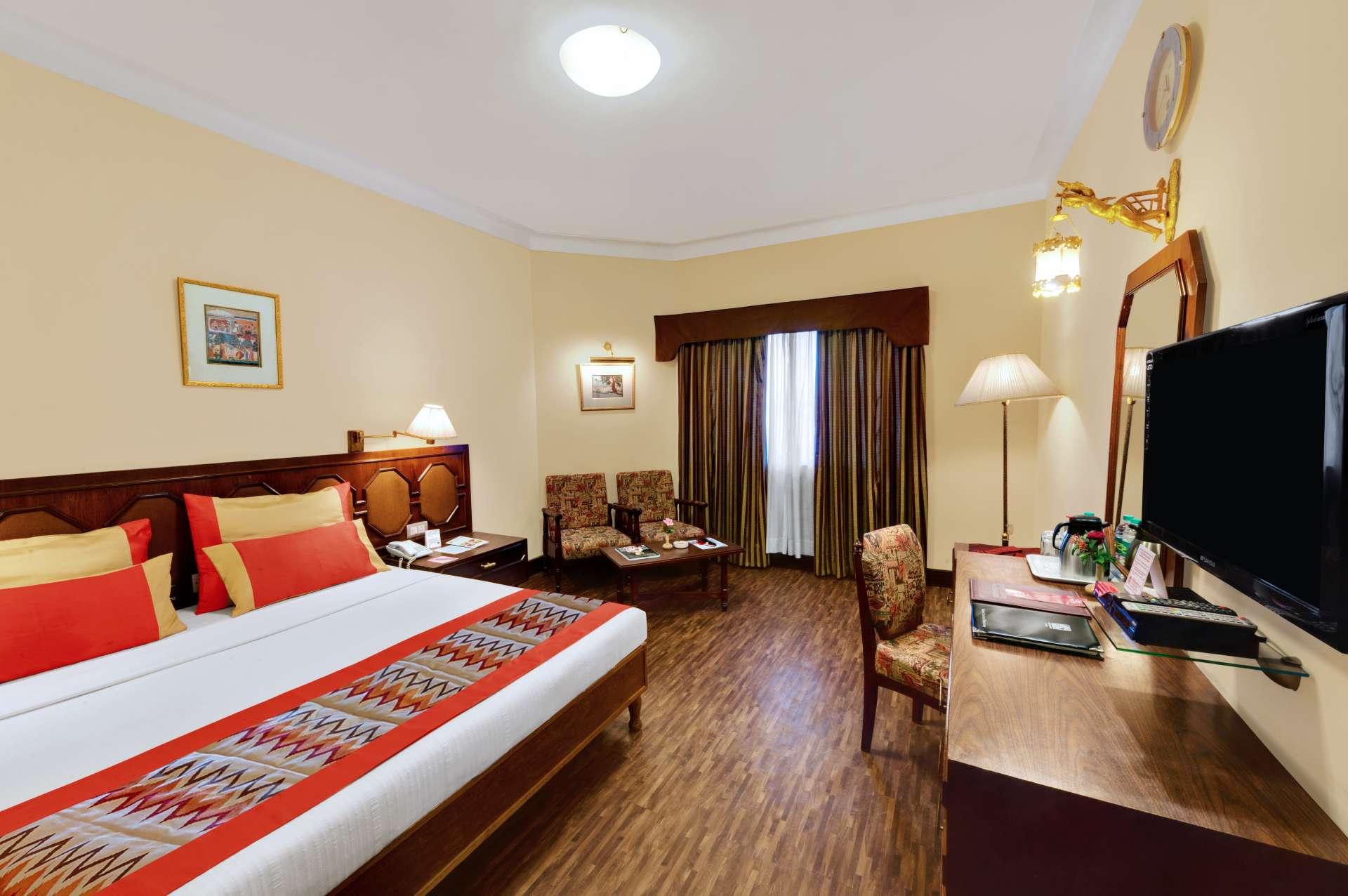 deluxe room 2 ambassador ajanta aurangabad - The Ambassador | Heritage Hotels in Mumbai, Aurangabad, Chennai - Deluxe Room