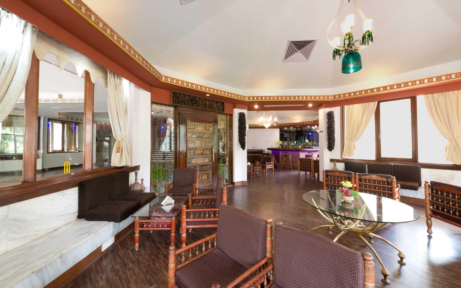 garbah Restaurant Ambassador Ajanta Aurangabad Dining 2 - The Ambassador | Heritage Hotels in Mumbai, Aurangabad, Chennai - Garbah Bar