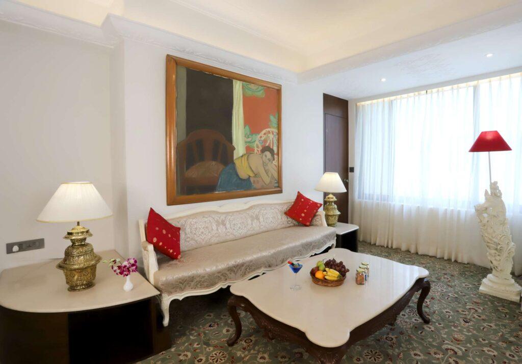 luxury room 501 ambassador hotels 4 - The Ambassador | Heritage Hotels in Mumbai, Aurangabad, Chennai - Luxury Suite